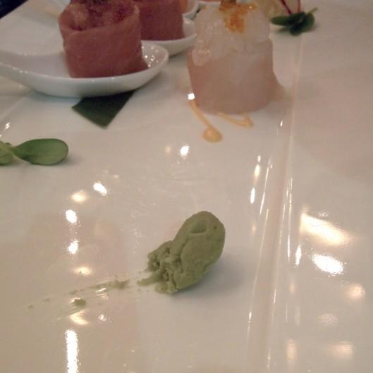 Per il vero wasabi non potevo non sfoderare lo smartphone a tavola e fare uno scatto :)